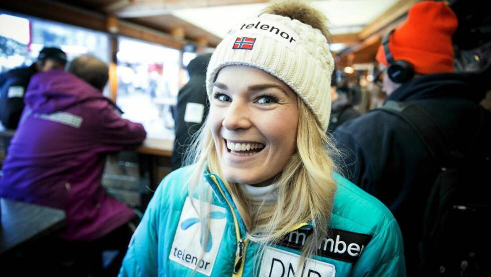 SPRUDLENDE ROLIG: Nina Løseth føler seg bedre forberedt enn noensinne før alpinsesongen som starter i morgen tidlig i østerrikske SöldenFoto: Bjørn Langsem / DAGBLADET