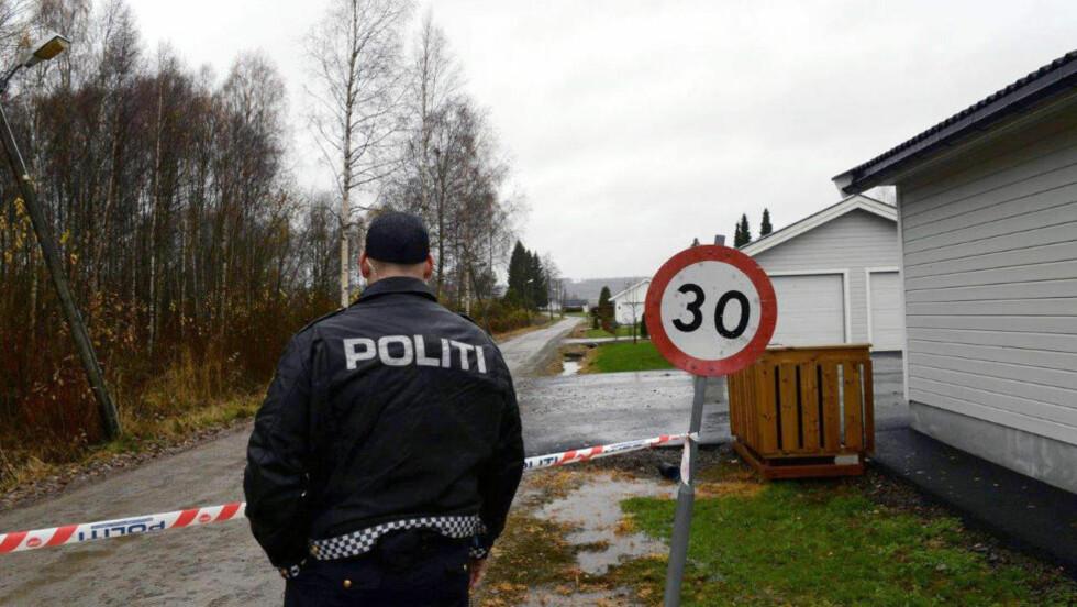 KNIVDREPT: Kvinnen i 60-åra som ble funnet død i en bolig i Grue i Solør i Hedmark, ble knivdrept. En mann i slutten av 40-åra er siktet, men tas hånd om av helsevesenet. Foto: Sverre Viggen / Østlendingen / NTB scanpix