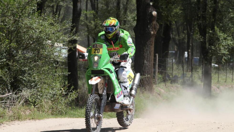 BEST I SANDEN. Pål Anders Ullevålseter vant ørkenrallyet i Marokko fredag. Her fra Rally Dakar i år. Foto: Team Ullevålseter