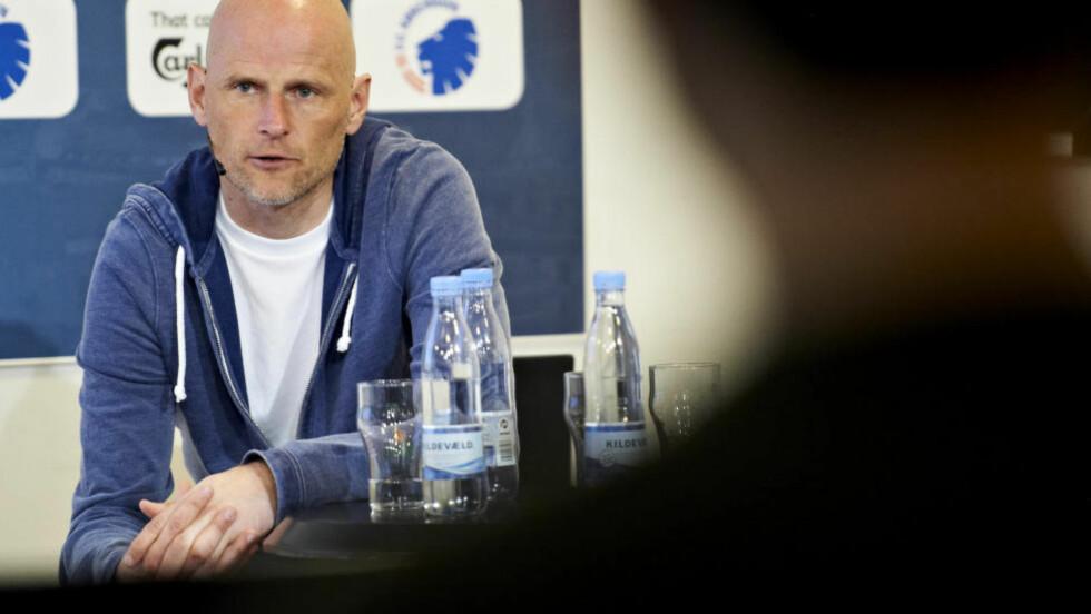 NEKTER: FC København-trener Ståle Solbakken nekter å nedprioritere enten superligaen eller europaligaen som følge av klubbens tøffe kampprogram. Foto: Jan Christensen / Scanpix Danmark / NTB scanpix