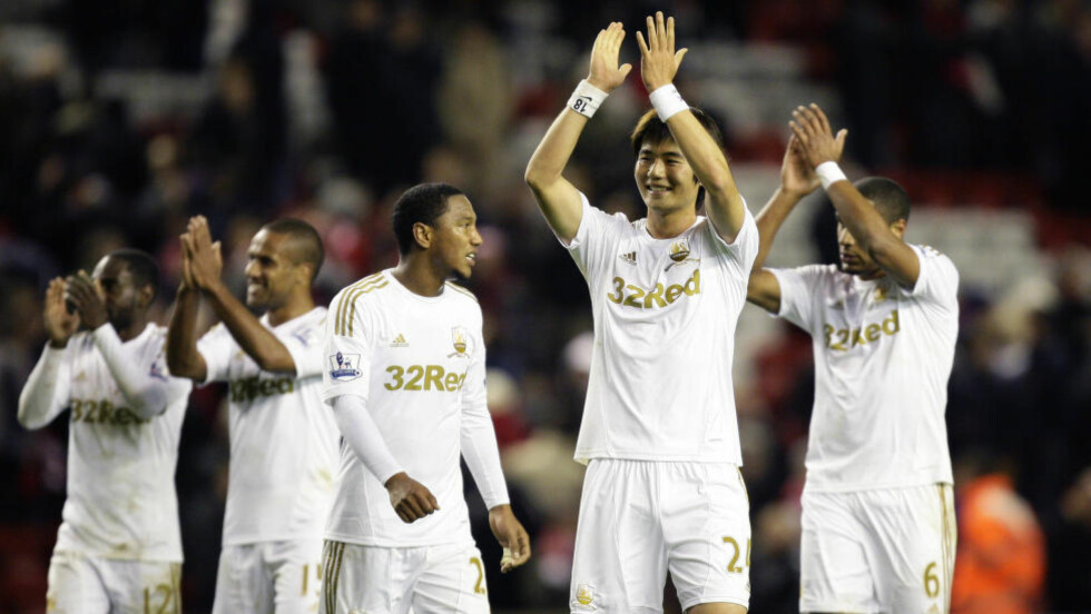 REPRISE?: For to år siden sendte Swansea Liverpool ut av ligacupen i 4. runde og tok senere klubbens første store trofé. Nå håper sørkoreanske Ki Sung-yueng på drømmereprise. Foto: AP Photo / Jon Super / NTB Scanpix