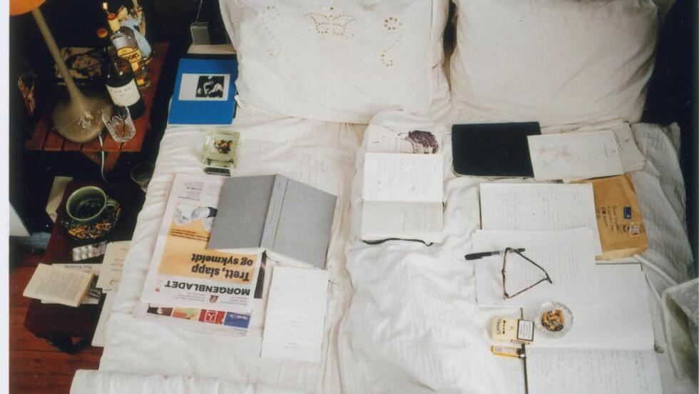 FOTOLITTERATURUTSTILLING: Tomas Espedals notatbok-lignende publikasjon, «Mitt privatliv», deler form med Sara Skorgan Teigens første utgivelse, «A Fractal State of Being» som er utformet som en skissebok. Foto: THOMAS ESPEDAL