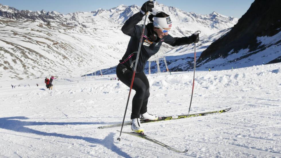 GODE FORHOLD:  Marit Bjørgen på høydesamling i Val Senales. Foto: NTB Scanpix