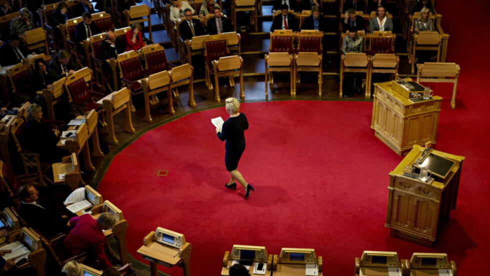 ENSOM KAMP: Finansminister Siv Jensen legger frem sitt første statsbudsjett. Nå begynner krigen om pengene Foto: Anita Arntzen / Dagbladet
