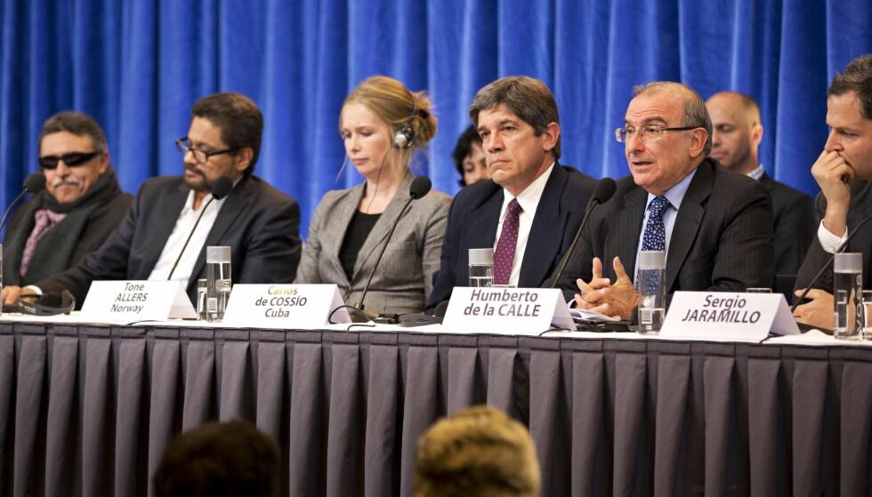 Partene møttes til forhandlinger i Hurdal i 2012.  AFP PHOTO / JORGEN BRAASTAD