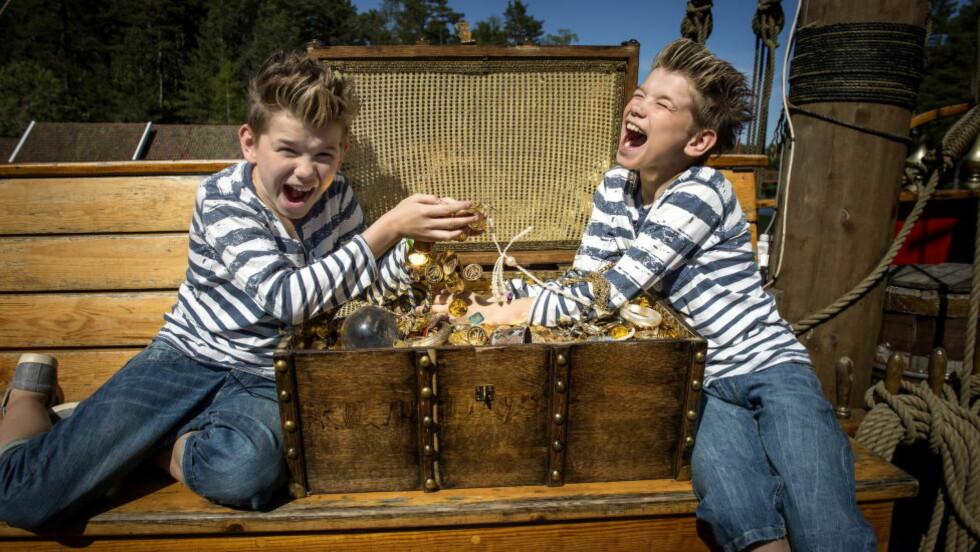GULLGUTTER: I løpet av to år, har tvillingbrødrene Marcus og Martinus fra Trofors fått livene sine snudd opp-ned. De stortrives i rampelyset, men legger ikke skjul på at det av og til er litt slitsomt med all oppmerksomheten. Foto: Øistein Norum Monsen / Dagbladet