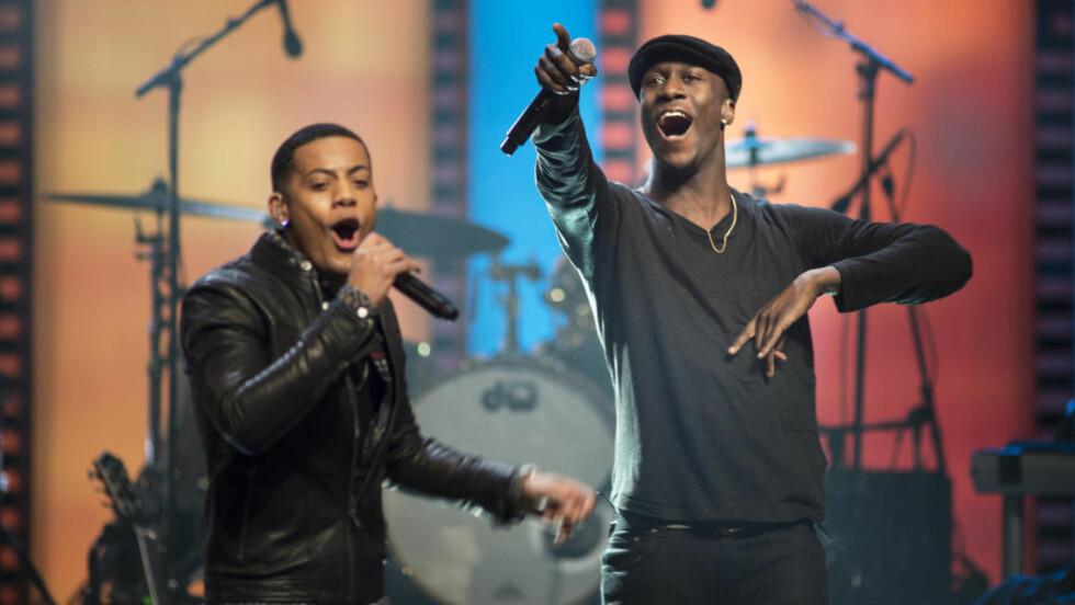 KAN JUBLE FOR FJERDEPLASS: Nico & Vinz nådde i kveld en fjerdeplass på den amerikanske Billboard-lista. Dermed slår de også Ylvis sin plassering med «The Fox» i 2013. Foto: NTB Scanpix