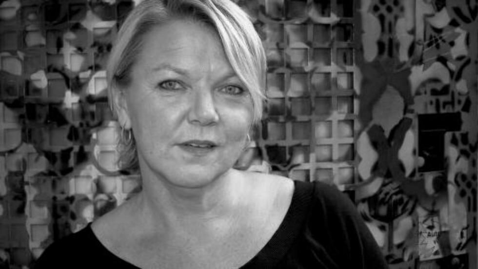 - FRITT VILT: Astrid Renland er kriminolog og jobber interesseorganisasjonen for prostituerte (PION). Hun mener det er sexselgerne som rammes av loven, ikke de som kjøper. Foto: PION