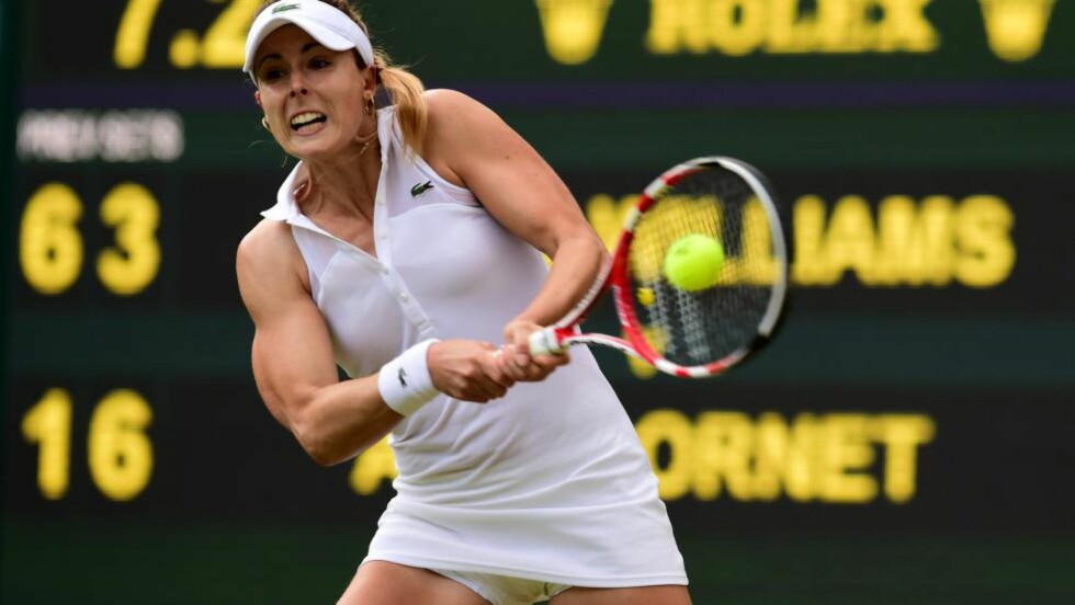 TOK EN FIN SKALP: Alize Cornet slo overraskende ut Serena Williams av Wimbledon.Foto: AFP  / CARL COURT / NTB Scanpix