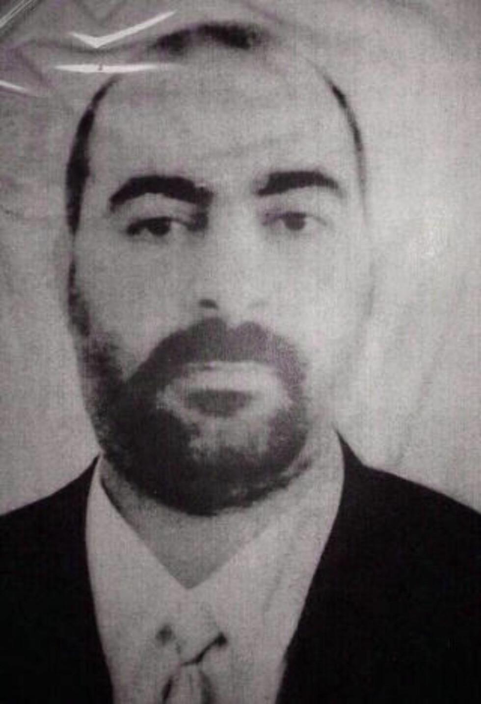 Abu Bakr al-Baghdadi opphøer seg nå til kalif. Foto: AP / NTB Scanpix