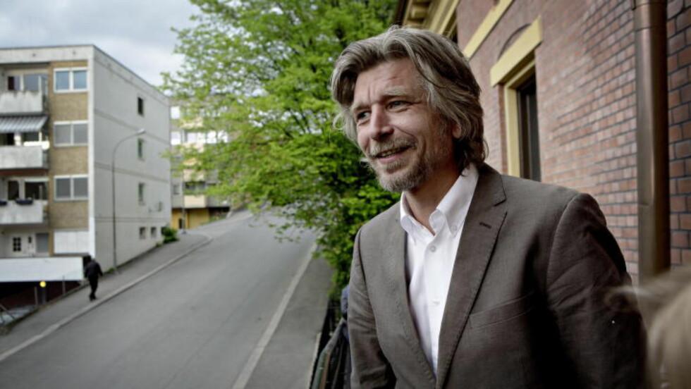 PAGETURNER: David Gray slukte den første boka i Knausgårds seksbindsepos Min Kamp. Foto: Lars