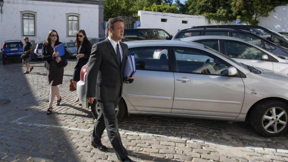 NYE AVHØR: I dag ble fire nye mistenkte i Madeleine McCann-saken avhørt av portugisisk politi. Etterforskere fra Scotland Yard var også til stede under avhørene. Foto: Reuters/Carlos Vidigal/NTB scanpix