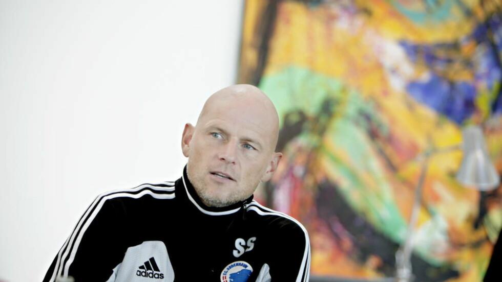 HJELPER: Ståle Solbakken velger å hjelpe gamleklubben HamKam, slik at de kanskje unngår konkurs. Foto: Kristian Ridder-Nielsen / Dagbladet.