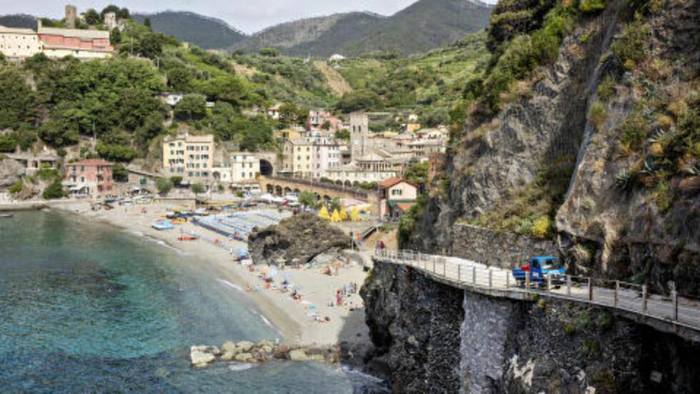 MONTEROSSO AL MARE: Den nordligste byen i «Cinque Terre» er også den største. Her finner du flest butikker, spisesteder og hoteller. Foto: Lars Eivind Bones / Dagbladet