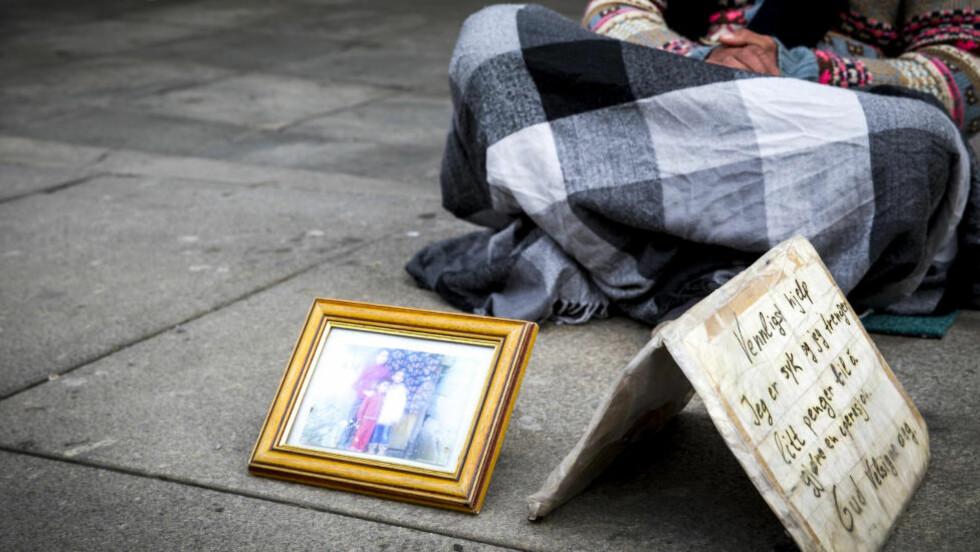 MEDMENNESKER: «Vi må holde fast ved en tankegang om at vi ikke kriminaliserer mennesker som ber om vår hjelp», skriver Finne. Foto: Erlend Aas / NTB Scanpix