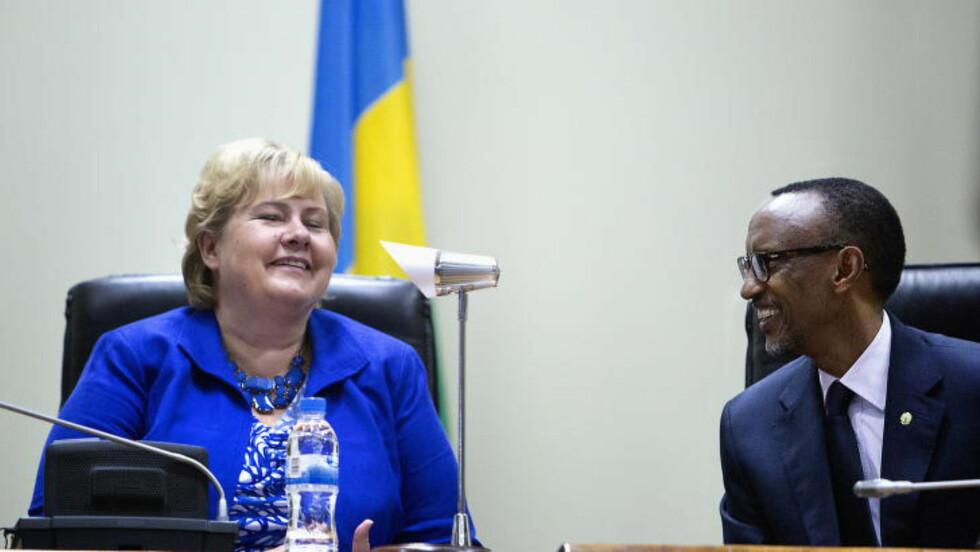 Kigali, 20140703. Erna Solberg deltar på  Konferansen Women in Parliament. Solberg og President Kagame Foto:Nina Hansen / Dagbladet