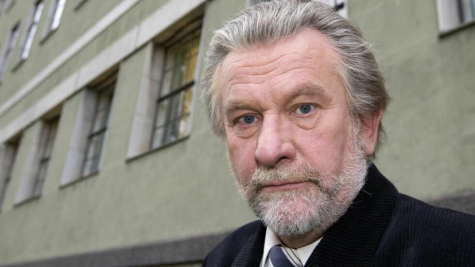 GÅR TIL PR-BRANSJEN: NRKs mangeårige medarbeider Hans Wilhelm Steinfeld går over til PR-bransjen etter nesten 40 år i NRK. Foto:  Foto: Bjørn Sigurdsøn / Scanpix