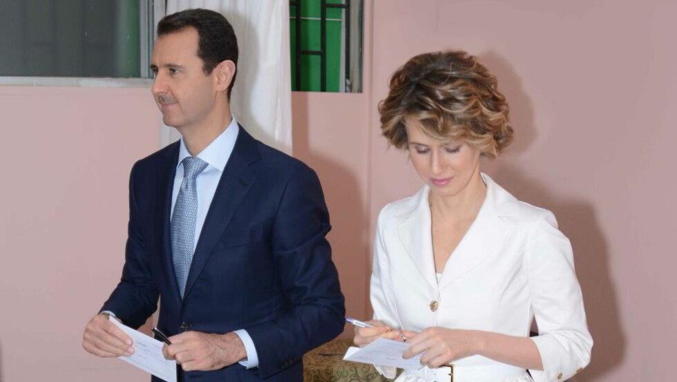 30 PROSENT: Bare 4 prosent av syriske innbyggere mener islamistgruppa ISIL representerer deres interesser. I undersøkelsen gir én av tre uttrykk for at syrernes omstridte president Bashar al-Assad best ivaretar landets interesser. Foto: AFP / NTB scanpix
