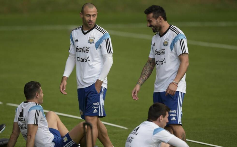FINALEKLAR:  Javier Mascherano mener dette er han eneste - og siste - sjanse til å vinne fotball-VM. Foto: AFP PHOTO / Juan Mabromata