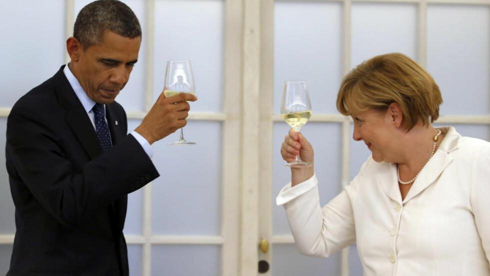 UNNVIKENDE BLIKK: Angela Merkel og Barack Obama fra juni i fjor. REUTERS/Michael Sohn/Pool/Files Scanpix