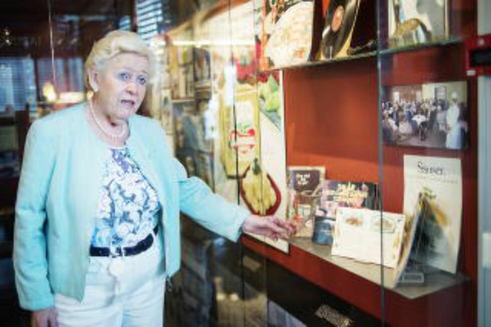 Millsfabrikken: I 49 år jobbet Kongsten for nåværende «Mills». Her fra fabrikkens eget museum hvor det henger både bøker og bilder fra Kongstens yrkesliv. Foto: Benjamin A. Ward / Dagbladet