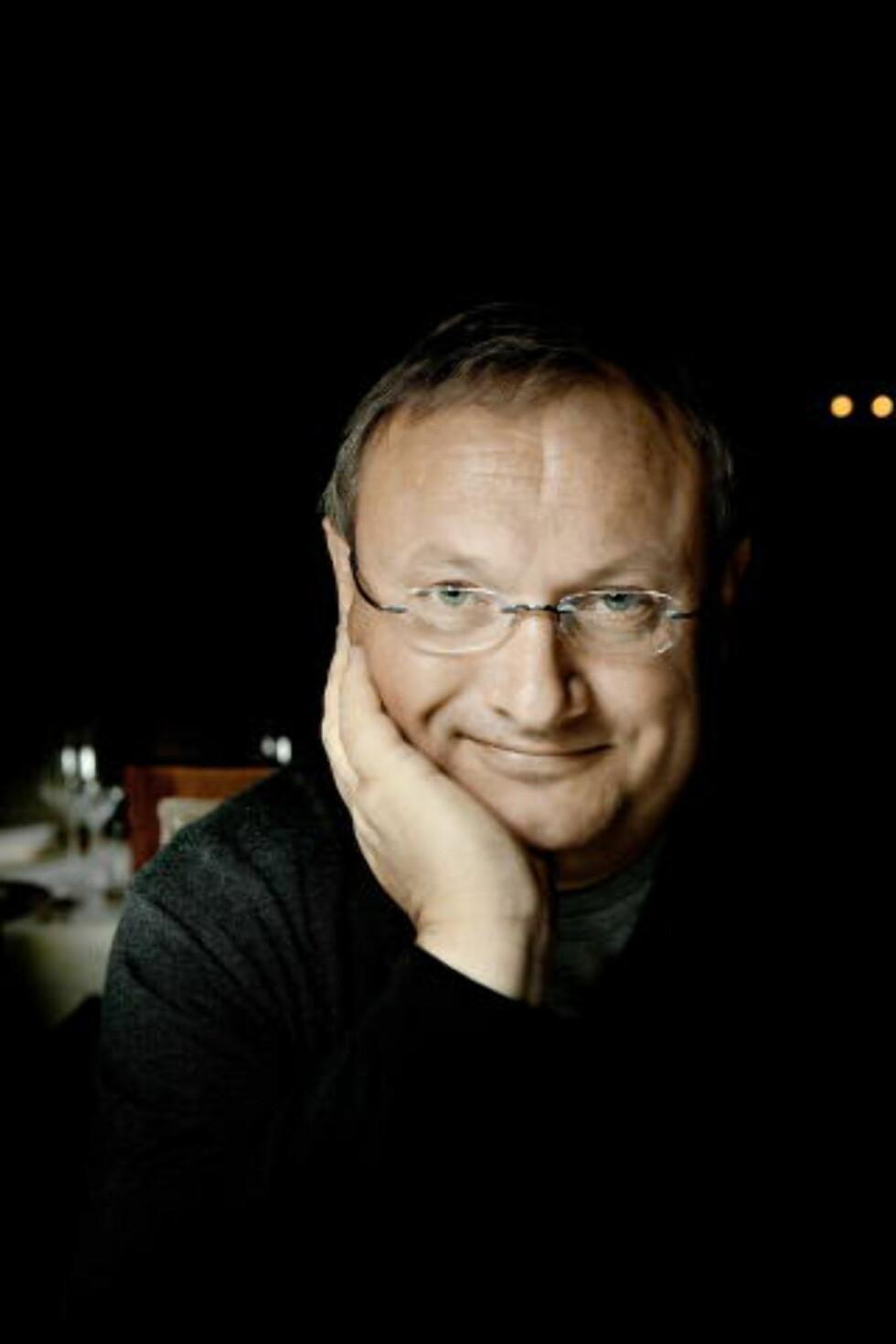 HYLLER ESPELID HOVIG I NY BOK:   Bent Stiansen Foto: Jørn H. Moen / Dagbladet