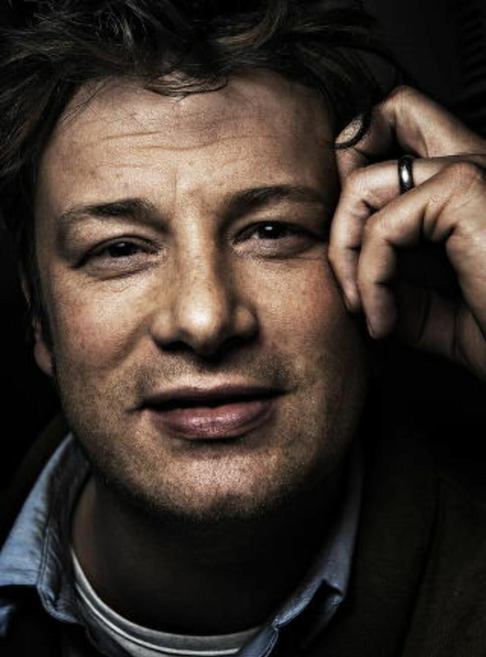 HYLLER ESPELID HOVIG I NY BOK:   Jamie Oliver Foto: Jørn H. Moen / Dagbladet