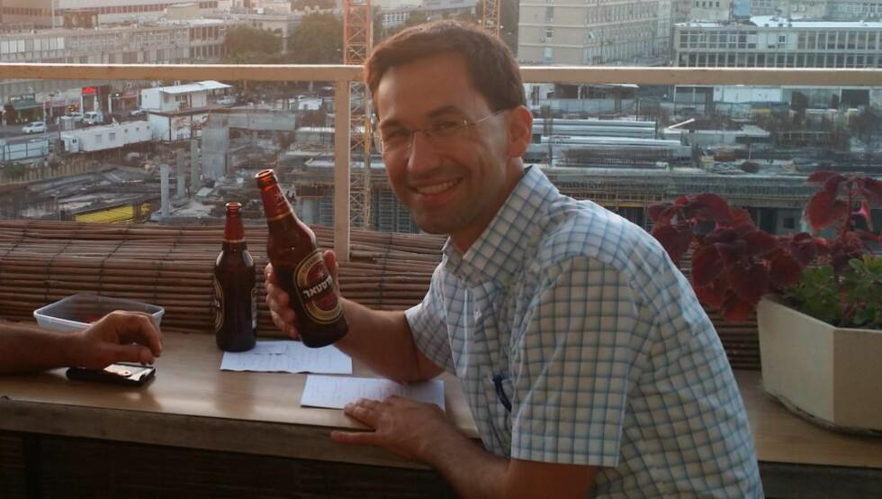 JOBBET FOR ISRAEL: Jørn Lein-Mathisen (41) har jobbet som kommunikasjonsrådgiver for Israel. Foto: Privat
