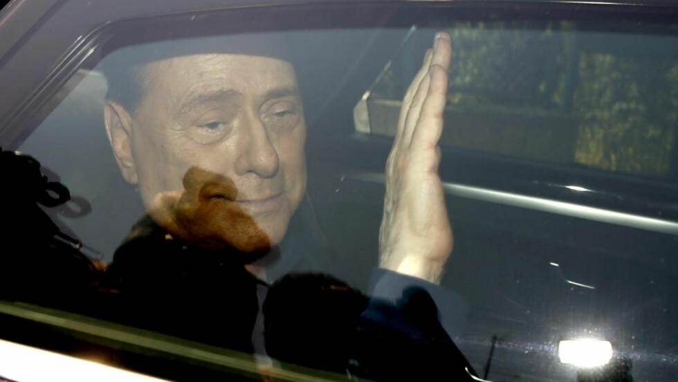 FRIKJENT: Silvio Berlusconi. (AP Photo/Luca Bruno)