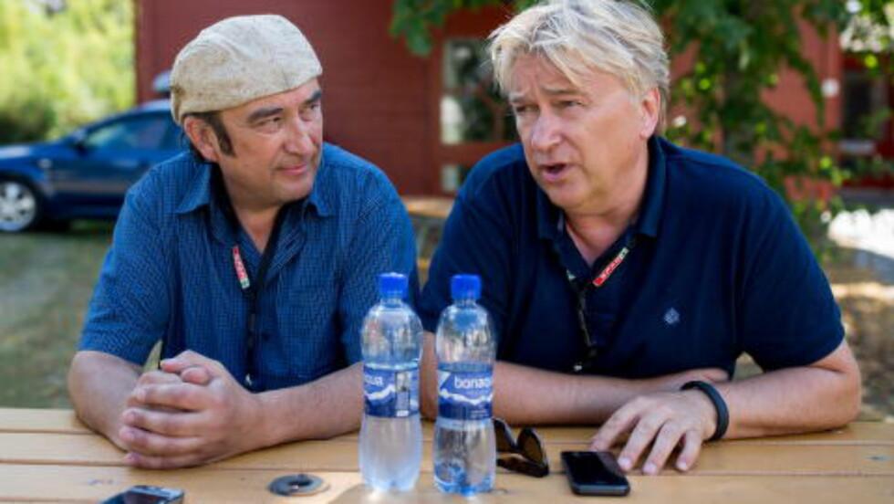 HUMOR OG ALVOR: Det er den blandingen Steinar Albrigtsen og Jørn Hoel forsøker å levere på sine konserter. Foto: Jørgen Kvalsvik / Dagbladet