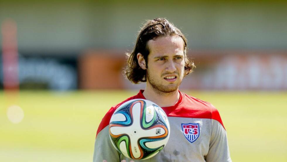 ENDRINGER: Mix Diskerud forteller om hvorfor fotballen tar av i USA. Foto: NTB Scanpix