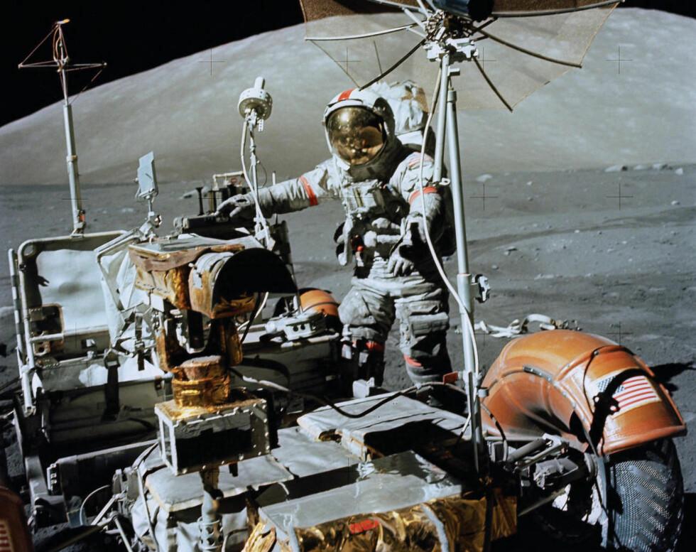 VERDENS DYRESTE BIL: Månebilen er verdens dyreste bil. Den kostet rundt 230 millioner kroner. Foto: NASA