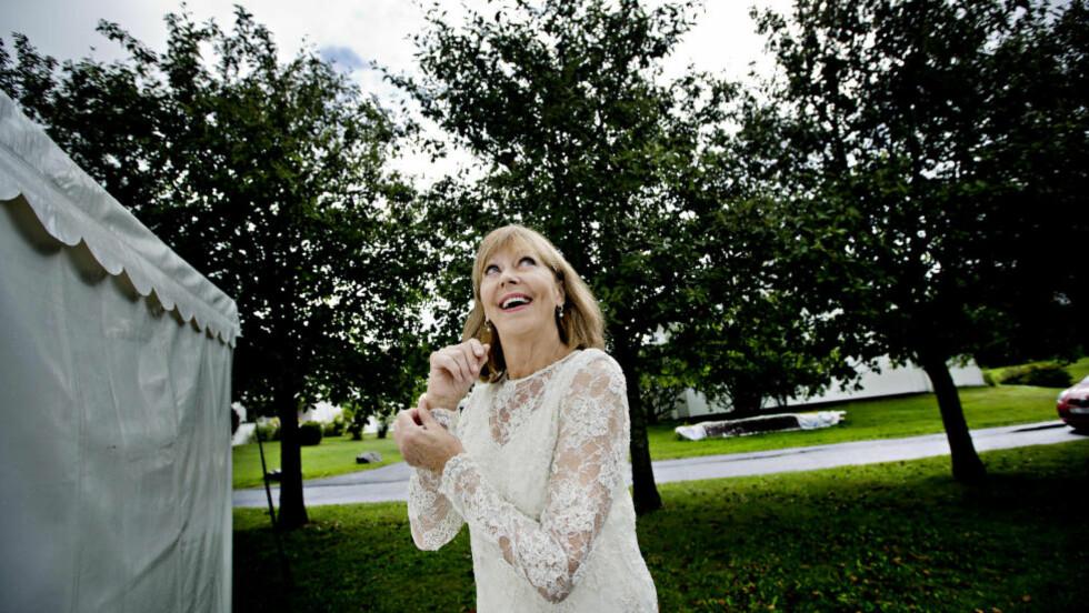 GIR SEG IKKE: Sangerinne Lill Lindfors har vært i rampelyset siden begynnelsen av 20-åra. Hver gang hun vurderer å legge karrieren på hylla, får en ny konsert henne til å skifte mening. Foto: ANITA ARNTZEN