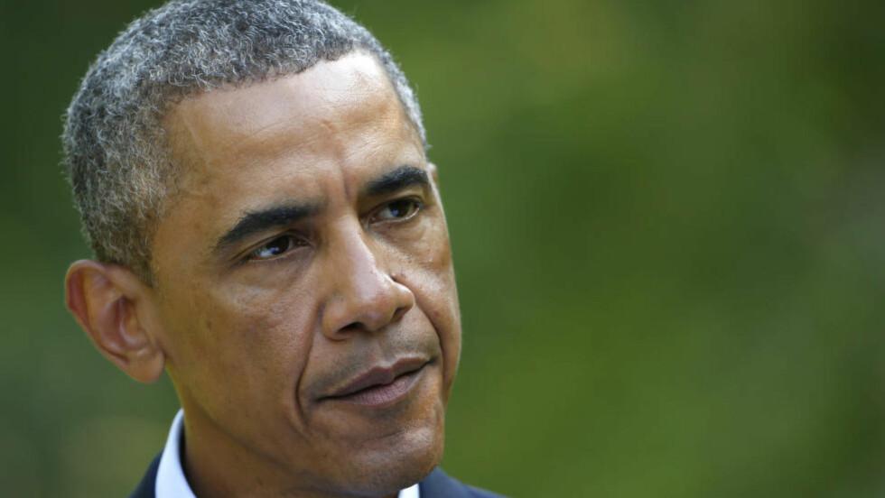 FORTSETTER ANGREP:USAs president Barack Obama sier de amerikanske luftangrepene mot Irak vil fortsette, men at amerikanske styrker ikke lenger skal delta i arbeidet med å evakuere flyktninger fra Sinjar-fjellet i Nord-Irak. Foto: Reuters / NTB scanpix