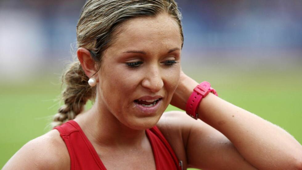 SKADEFORFULGT.   Det har vært mye trøbbel for Karoline Bjerkeli Grøvdal i år. Det var så vidt hun rakk lørdagens 5000 meter. Foto: Alf Ove Hansen / Scanpix