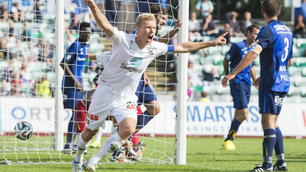 BUNNSOLID: Odds gode form fortsetter med 3-1-seier mot Stabæk. Her jubler kaptein Steffen Hagen for scoring. Men han sier selv han aldri var borti ballen.  Foto: Fredrik Varfjell / NTB scanpix