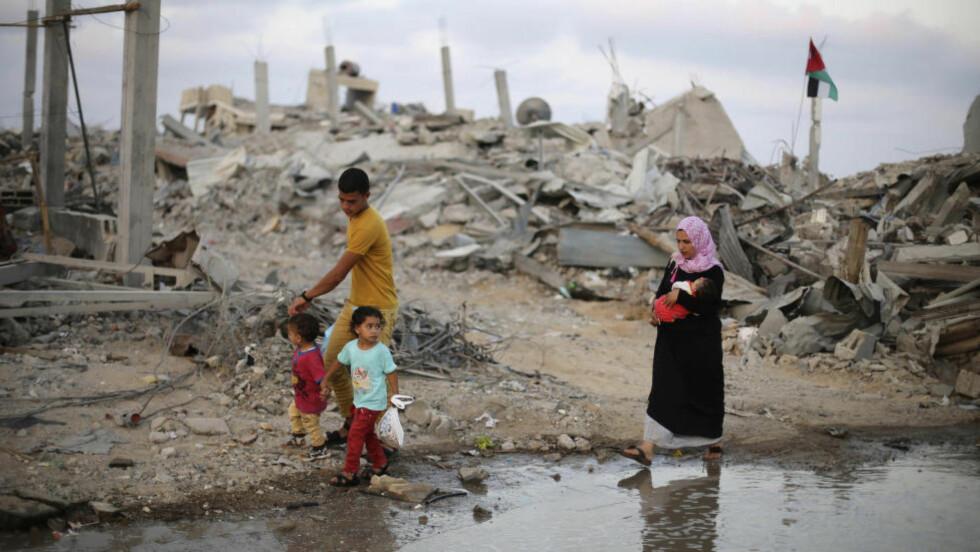 GJENNOMBRUDD: Ifølge palestinske myndigheter, skal Hamas og Israel i kveld ha blitt enige om å utvide våpenhvilen med 24 timer. Foto: REUTERS/Ibraheem Abu Mustafa