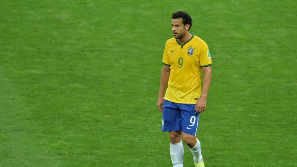 UPOP: Fred fikk hard medfart av de brasilianske supporterne under VM, men det slutter ikke der. Etter en straffemiss i helga har enkelte supportere ytret et ønske om å få ham fjernet fra landslaget også. Foto: AFP PHOTO / GABRIEL BOUYS / NTB SCANPIX
