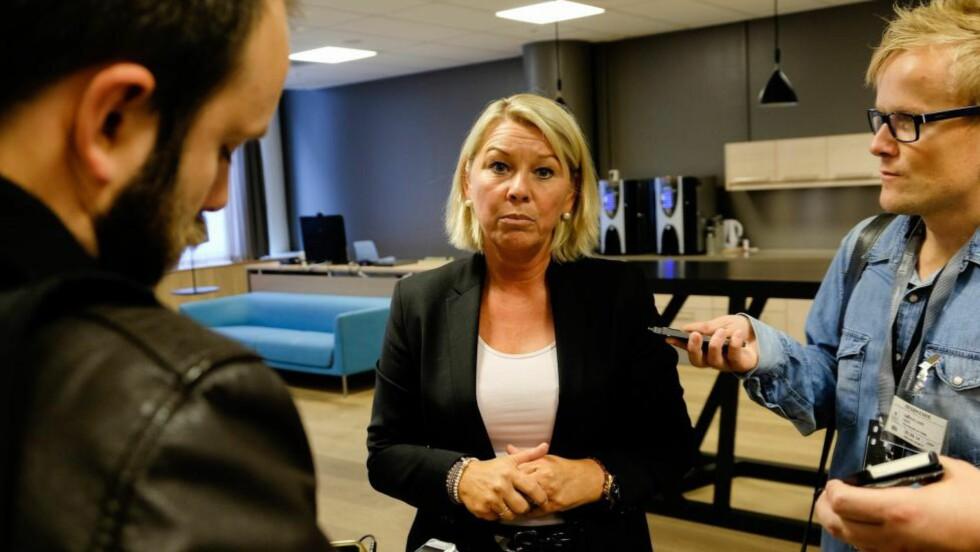 FIKK STØTTE: Næringsminister Monica Mæland møtte norsk næringsliv i formiddag. Næringslivet var bekymret for konsekvensene av sanksjonene mot Russland. Foto: Torstein Bøe / NTB scanpix