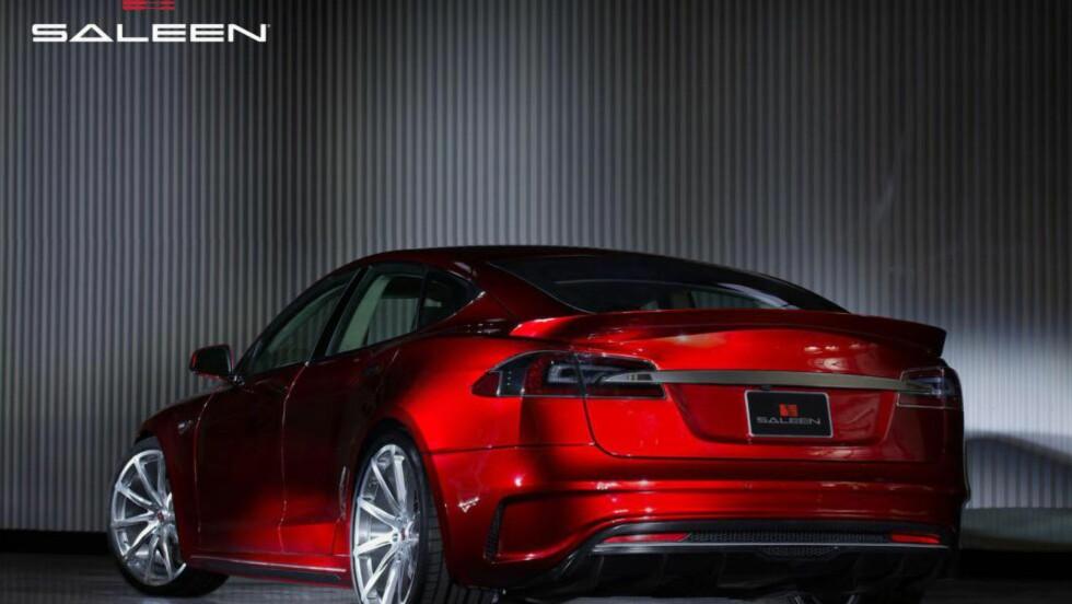 TIDENES FREKKESTE MODEL S: Og den kommer ikke engang fra Tesla selv.  Foto: SALEEN