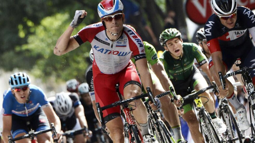 VANT: Alexander Kristoff vant World Tour-rittet i Hamburg søndag. Her fra årets Tour de France. Foto: JEFF PACHOUD (Scanpix/Afp)