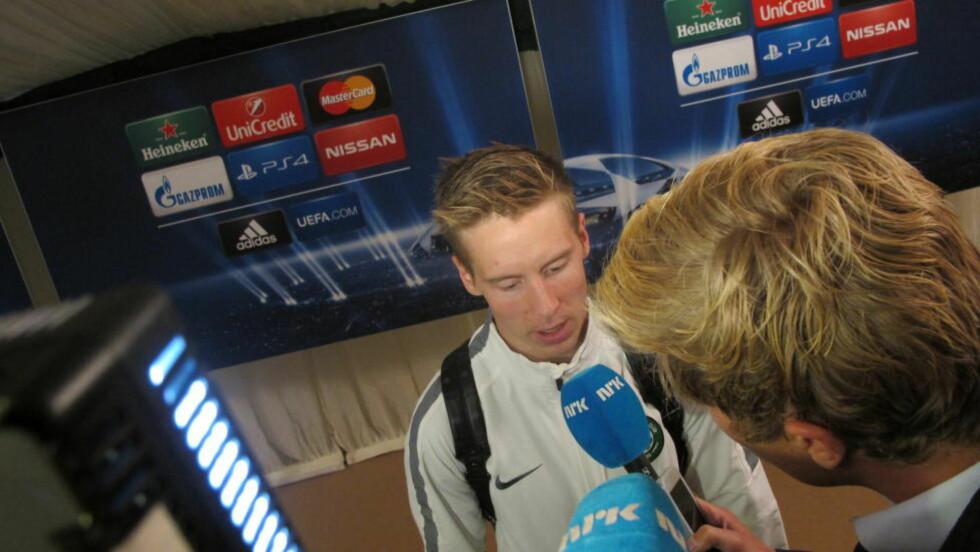 DEPPET: Celtic-spiller Stefan Johansen spilte 90 minutter i 0-1-tapet mot Maribor og var skuffet etter at CL-drømmen var knust. Foto: Fredrik Ø. Sandberg