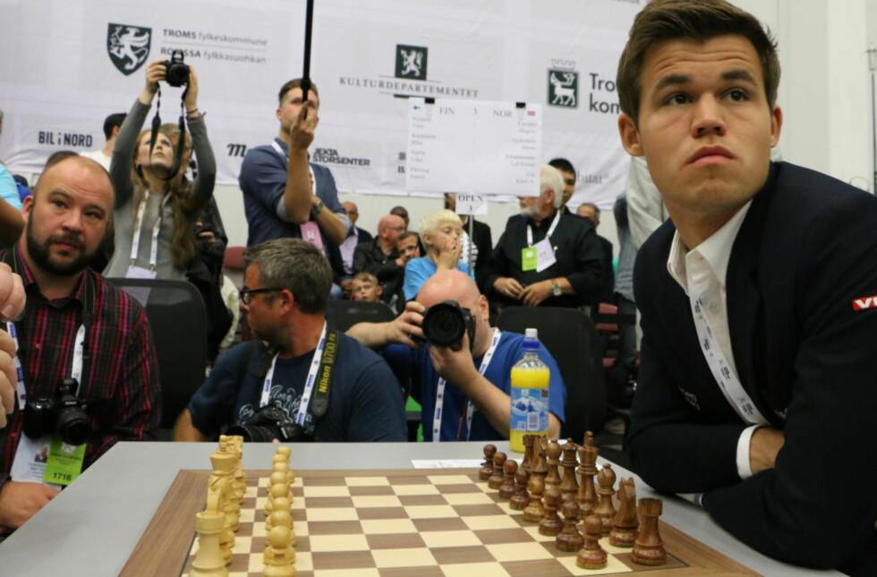 MÅ BESTEMME SEG: FIDE har gitt Magnus Carlsen frist til 31. august for å signere VM-kontrakten. Foto: Joachim Baardsen / Dagbladet