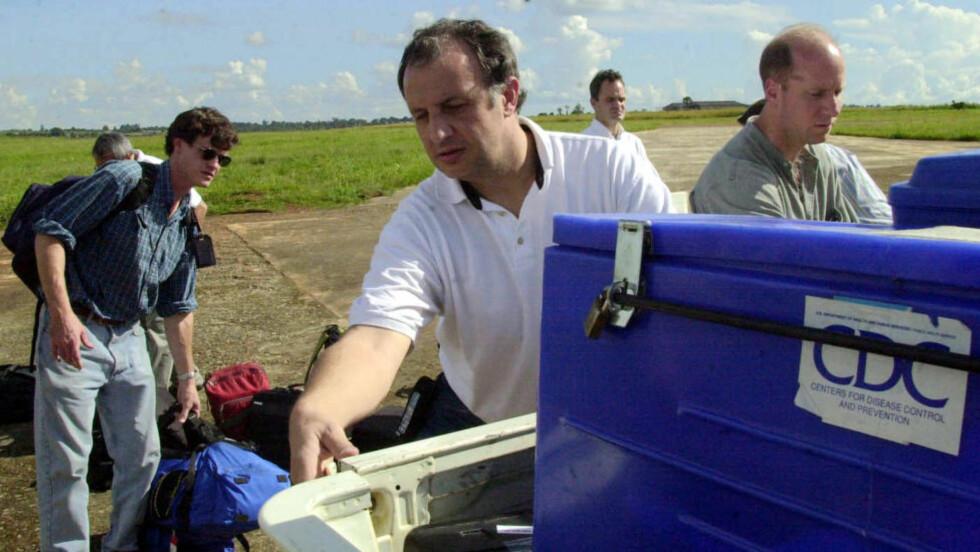 - INGEN PASIENT NULL: Doktor Pierre Rollin mener det ikke finnes noen pasient null for ebola-utbruddet i Vest-Afrika. Foto: Sayyid Azim /Scanpix