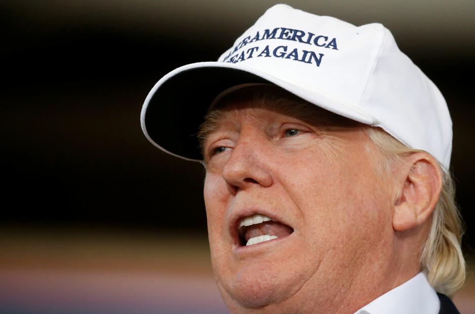 KJAPT UTE: Donald Trump var ikke snau med å reagere på drapet på Nykea Aldridge i Chicago lørdag. Foto: REUTERS/Carlo Allegri