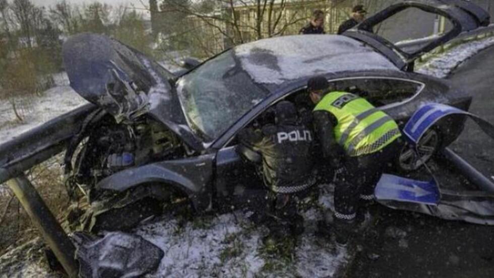 <strong>INNRØMMER:</strong> Petter Northug innrømmer søndag kveld at det var han som kjørte bilen da den kjørte ut grytidlig lørdag morgen.