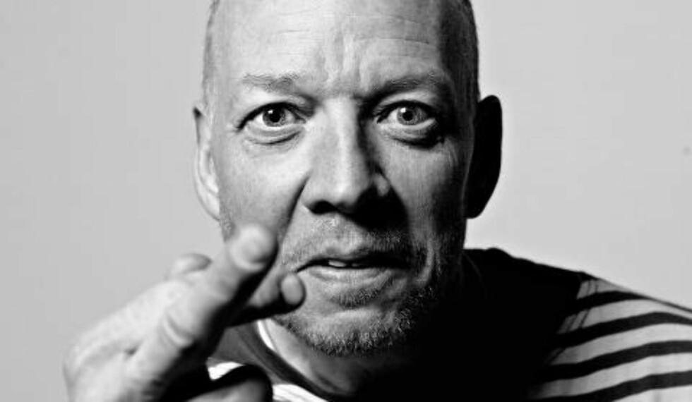 <strong>ANDERS GRØNNEBERG:</strong> Journalist i kulturavdelingen, Anders Grønneberg har fulgt MGP i mange år for avisa, og lister opp Sveriges tre verste Eurovision-bidrag. Foto: Lars Eivind Bones