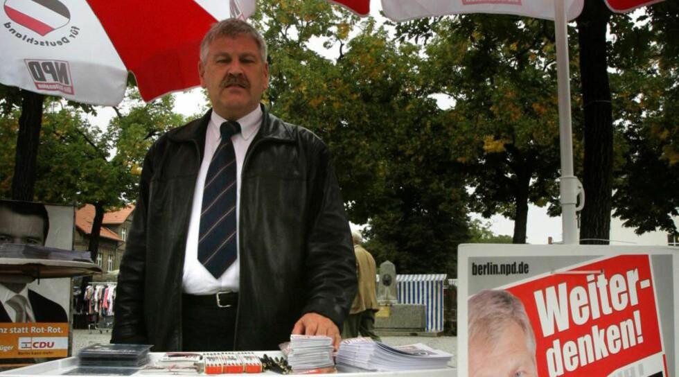 DØMT: NPD sin toppkandidat Udo Voigt ble dømt til et års betinget fengsel. Nå håper partiet på en plass i EU-parlamente. Foto: Tobias Schwarz/ Reuters ( NTB Scanpix