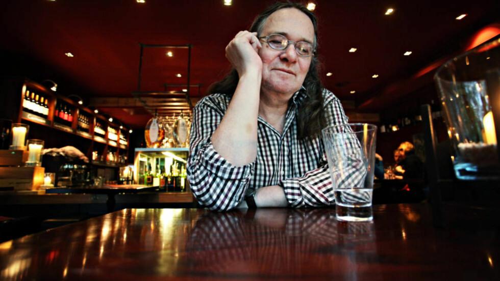 KRETSMESTERSKAP: Ingvar Ambjørnsen er klar med andre bok i det som skal bli en krets av flere bøker. Men sammenhengen mellom dem er ikke åpenbar. Foto: ASBJØRN SVARSTAD
