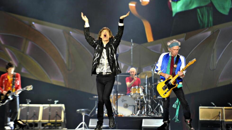 VITAL JAGGER: Konserten med The Rolling Stones ble utsolgt på 13 minutter, og forventningene ble innfridd i stort monn hos et tent publikum i Telenor Arena mandag kveld. Fra venstre: Ron Wood, Mick Jagger, Charlie Watts og Keith Richards. Foto: Hans Arne Vedlog